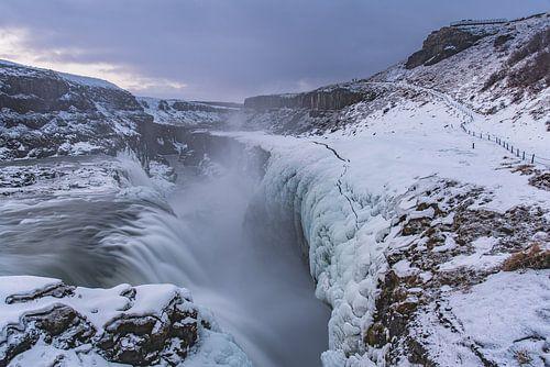 Frozen Gullfoss (1) van Andreas Jansen