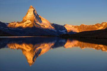 Magique lever de soleil sur le Cervin sur Menno Boermans