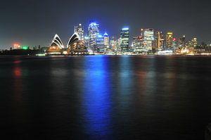 Sydney Skyline by night von Diederik De Reuse