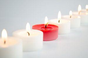 Brandende kaarsen van Dennis  Georgiev