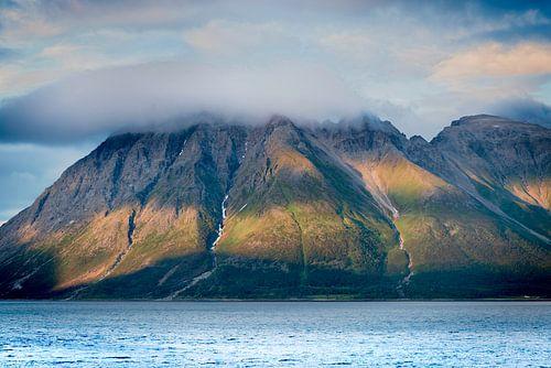 Mountain with cloud van