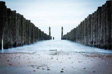 Strandpalen bij Middelburg van Erik Mus