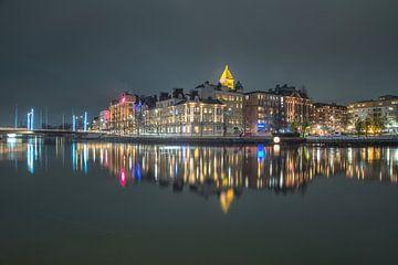 Norrköping by night van Marc Hollenberg