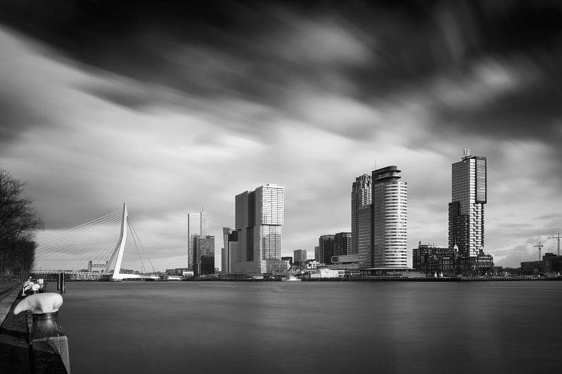 Kop van Zuid in schwarz und weiß von Arjen Roos