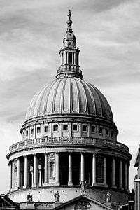 London ... St. Paul's Cathedral