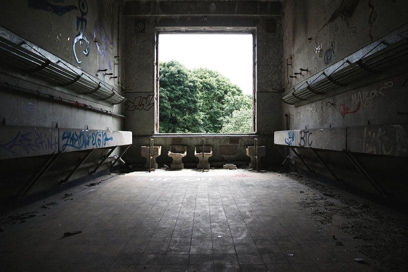 Fort de la Chartreuse   Waschraum 2 von Nathan Marcusse