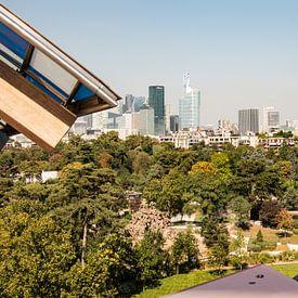 Vue de Paris La Défense depuis la Fondation Louis Vuitton sur Marianne van der Zee