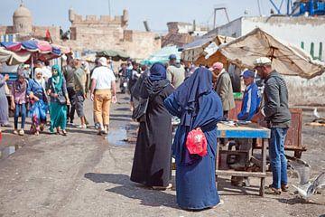 Vismarkt in de haven van Essaouira (Marokko) van t.ART