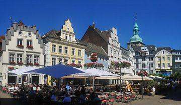 Marktplatztreiben van Edgar Schermaul