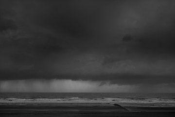 Zeezicht met wolken en golven von Rene  den Engelsman