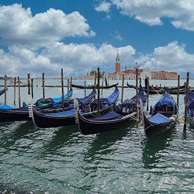 Gondolas in Venetië van Jan Kranendonk