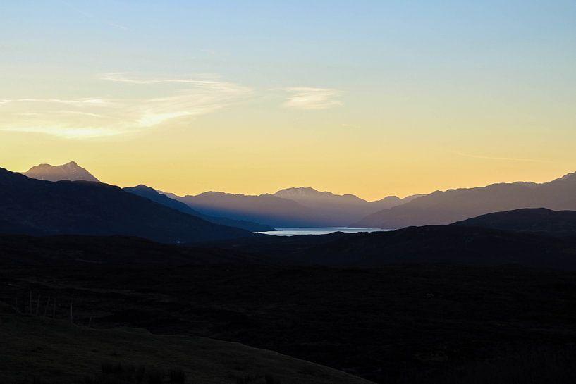 Zonsopkomst, Isle of Skye van Tomas Grootveld