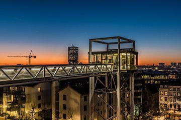 Het Poelaertplein bij zonsondergang van Werner Lerooy