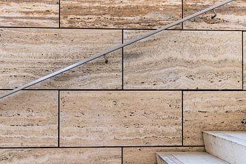Treppe mit Marmor und Edelstahl von videomundum