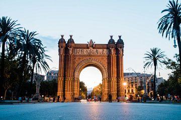 Triumphbogen, Barcelona von Djuli Bravenboer