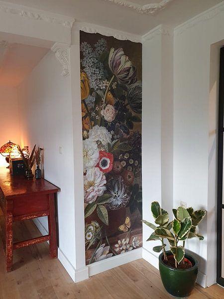 Klantfoto: Stilleven met bloemen, Eelke Jelles Eelkema (gezien bij vtwonen) van Schilders Gilde, op naadloos behang