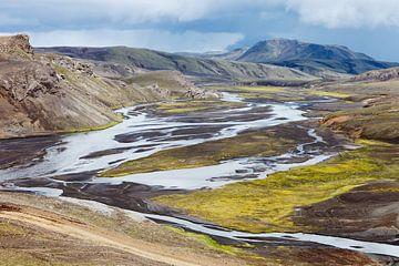 Road to Landmannalaugar - Iceland von Arnold van Wijk