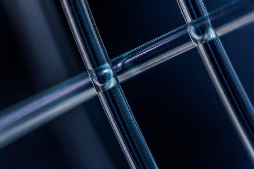 Blauw transparant van Leo Luijten