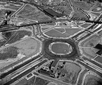Rotterdam - Hofpleingebied met station Hofpleinbegin jaren 50Orientatie gechecked.De gegevens van de van Roel Dijkstra