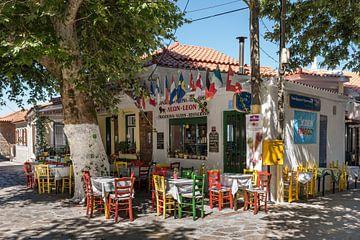 Taverne in Platanos van Rinus Lasschuyt Fotografie