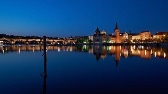 Prague reflections van Scott McQuaide
