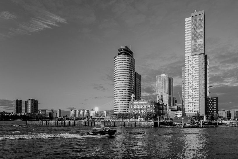 Hotel New York op de Kop van Zuid Rotterdam van Martin Bredewold