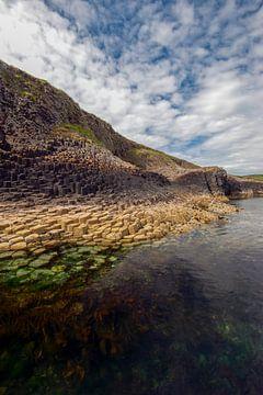 Basalt zuilen 4 - Isle of Staffa - Schotland van Jeroen(JAC) de Jong