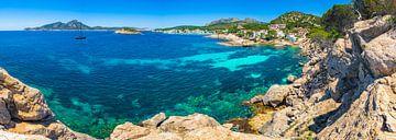 Kustlandschap op het eiland Mallorca, mening van baai in Sant Elm van Alex Winter