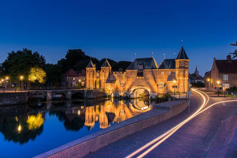 Amersfoort by night van Arthur Scheltes