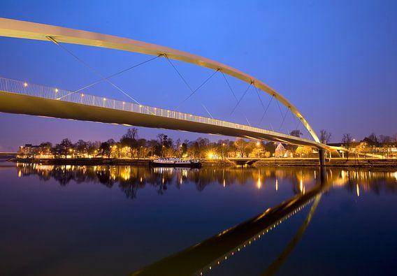 Hoge brug Maastricht van Huub Keulers