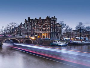 Light trails Brouwersgracht Amsterdam