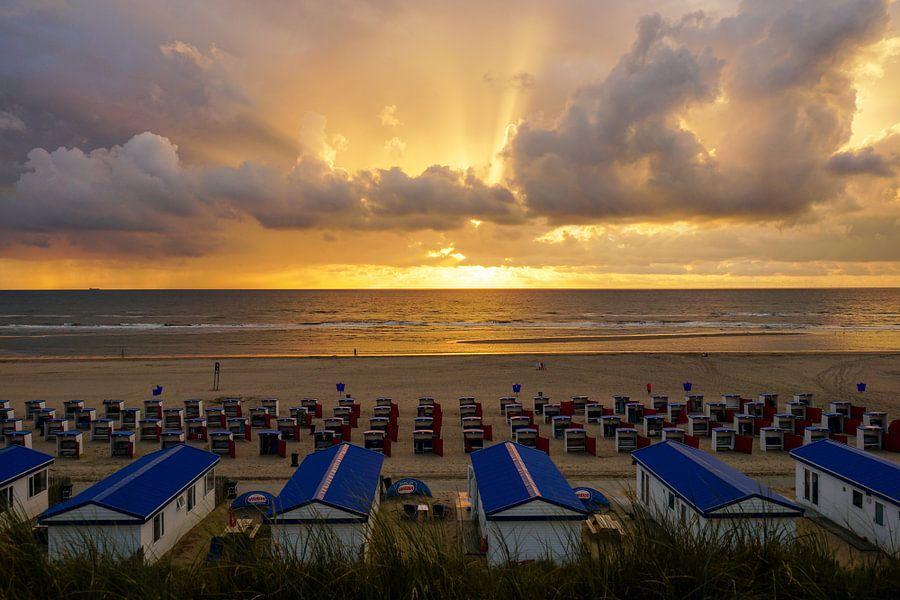 Op het strand! van Dirk van Egmond