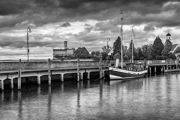 Haven van Langenargen aan het Bodenmeer van Jan Schuler