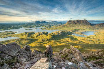 Aussicht vom Stac Pollaidh in Schottland von Michael Valjak