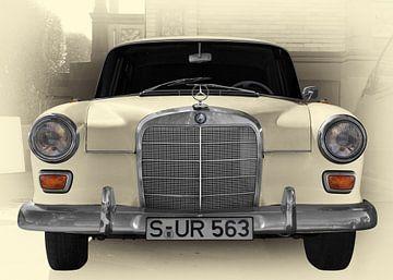 Mercedes-Benz 190 W 110 von aRi F. Huber