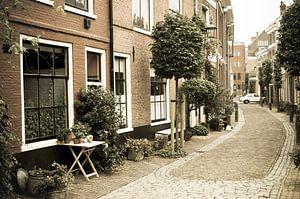 Oud straatje in Haarlem