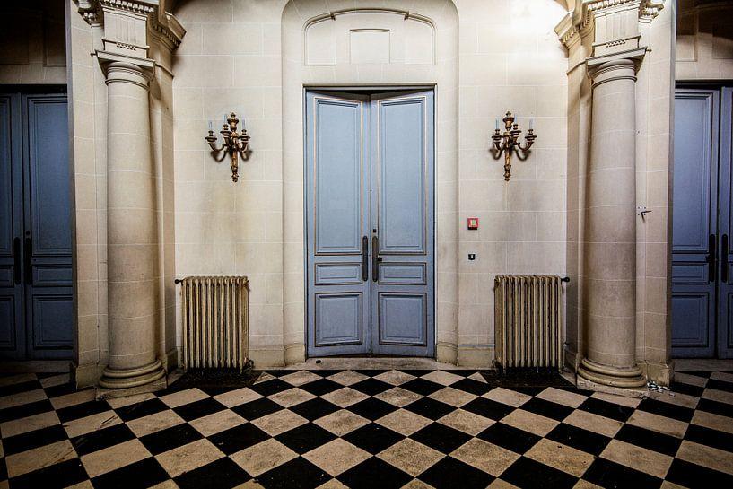 Urban exploratopn Doors and still is doors von Aurelie Vandermeren