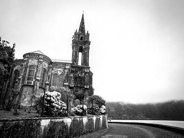 Kerkje Azoren Sao Miguel van Corali Evegroen