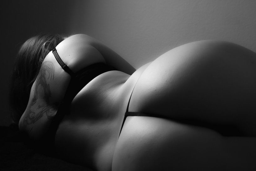 Tanga Rücken von Onlyin1skin.art