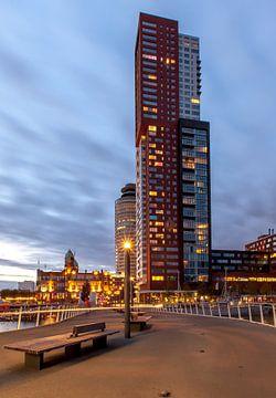 Rotterdam by night van René Groeneveld