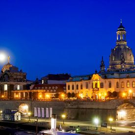 Dresden met maan van Thomas Jäger