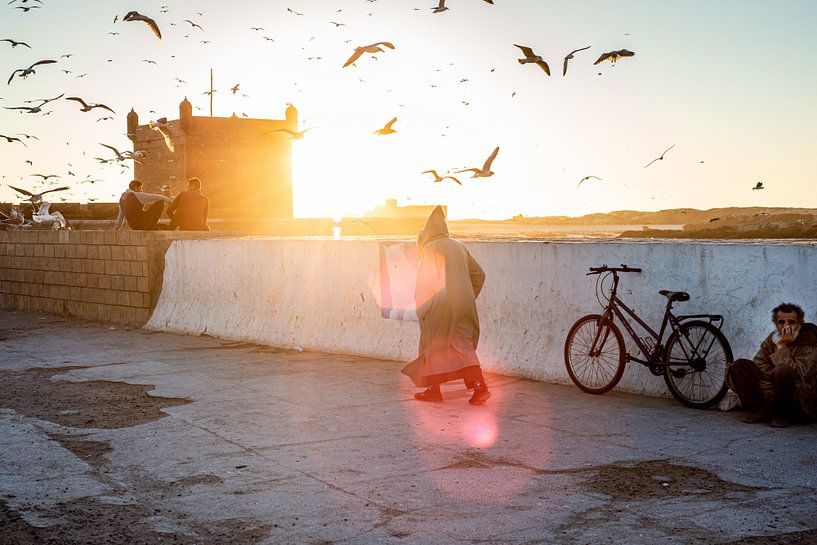 Zonsondergang in Essaouira, Marokko van Ellis Peeters