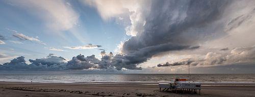 Storm op het strand 02 van