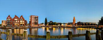 Blick auf die Skyline von Zwolle am Abend von Sjoerd van der Wal