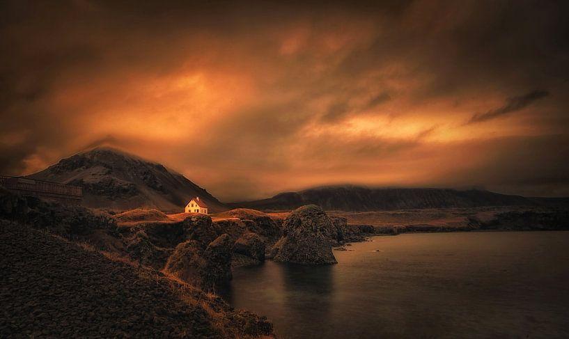 Mystical Iceland . Award winning picture van Saskia Dingemans