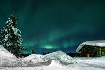 Northern Lights (Aurora Borealis) - Kiilopaa Fell Centre Lapland van Martin Boshuisen - More ART In Nature Photography
