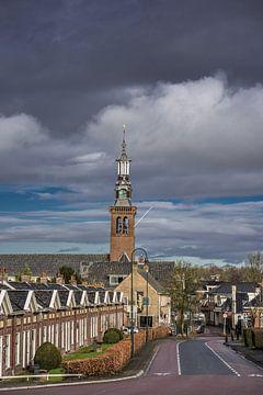 Zicht op het Friese dorp Dronrijp en kerktoren van Harrie Muis