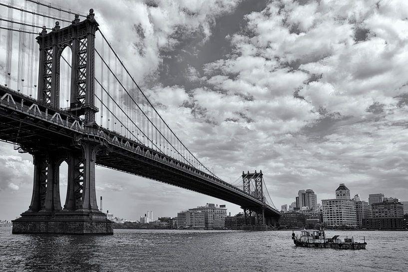 Manhattan Bridge 03 van Peter Bongers