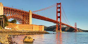 Golden Gate Bridge bei Sonnenaufgang, San Francisco, Kalifornien, USA von Markus Lange
