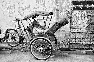 """Cyclo driver in perfect balance at rest"". Phnom Penh-Cambodja"